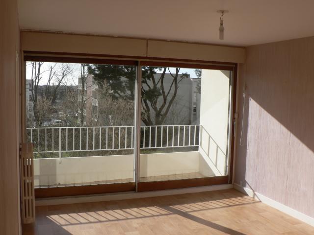location appartement vannes particulier. Black Bedroom Furniture Sets. Home Design Ideas
