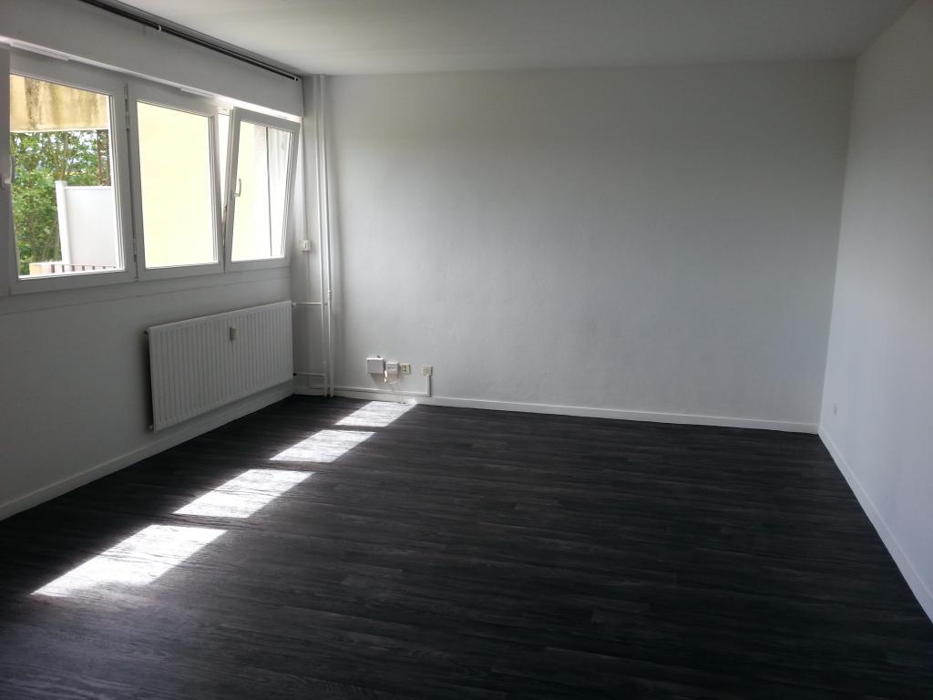 location studio metz 94 studios louer metz. Black Bedroom Furniture Sets. Home Design Ideas