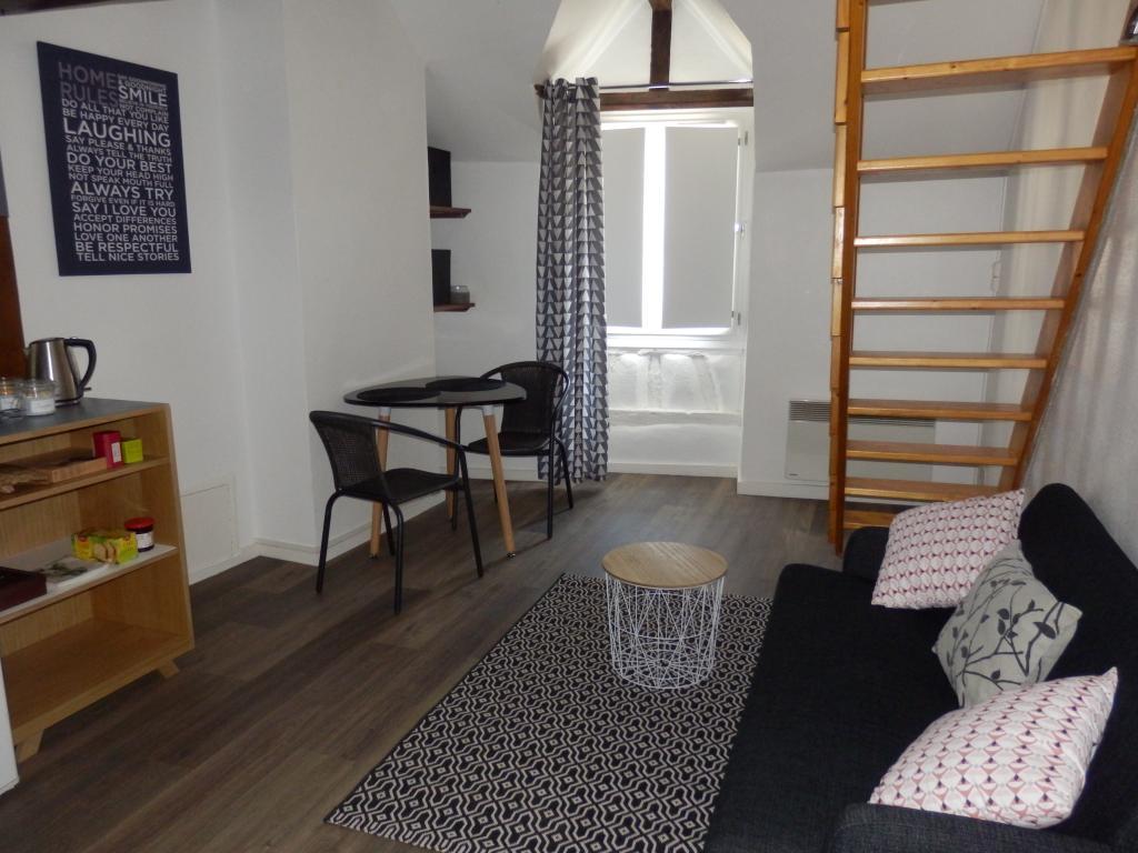Location particulier Saint-Sulpice-de-Pommeray, appartement, de 26m²