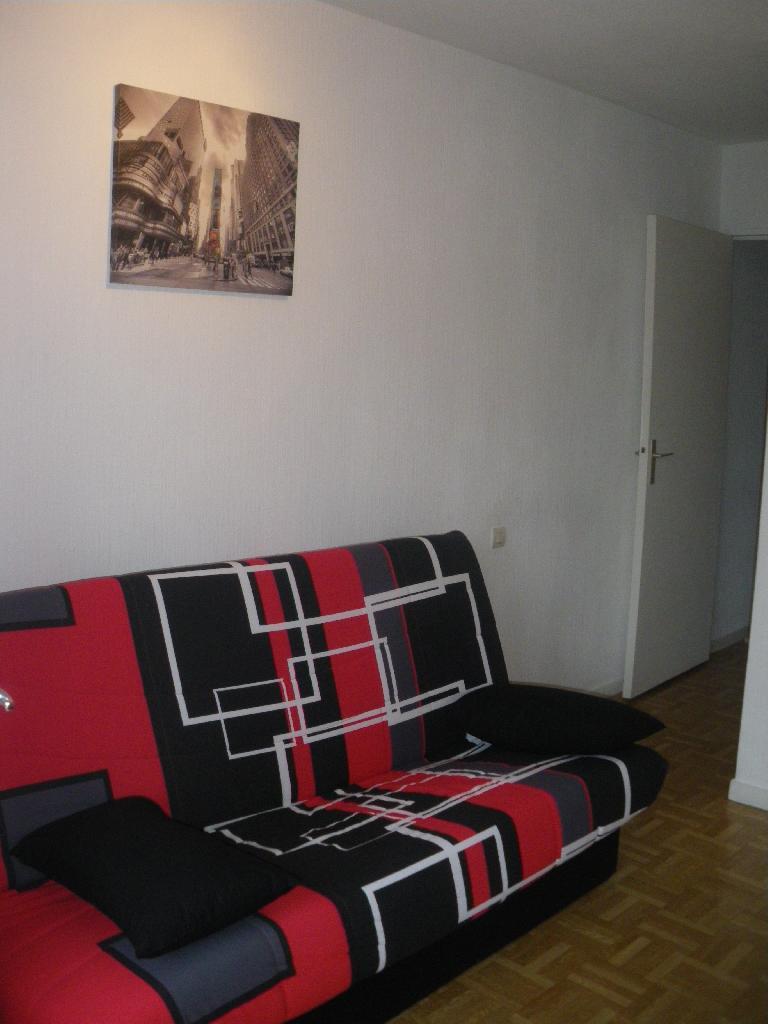 location de studio meubl entre particuliers toulouse 400 20 m. Black Bedroom Furniture Sets. Home Design Ideas