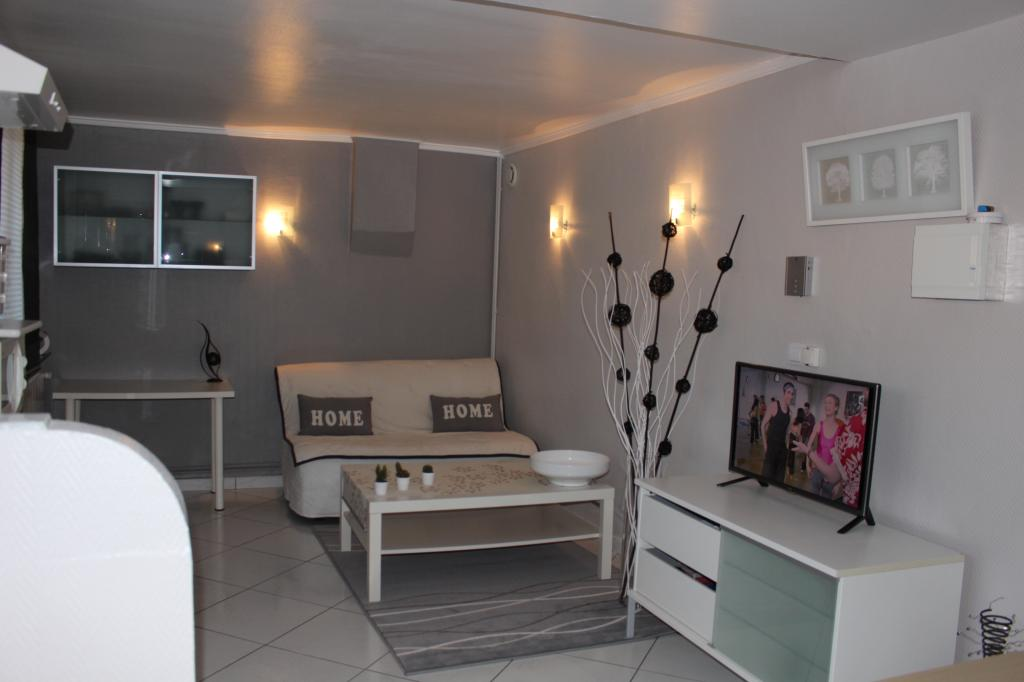 Location appartement entre particulier Bron, de 37m² pour ce appartement