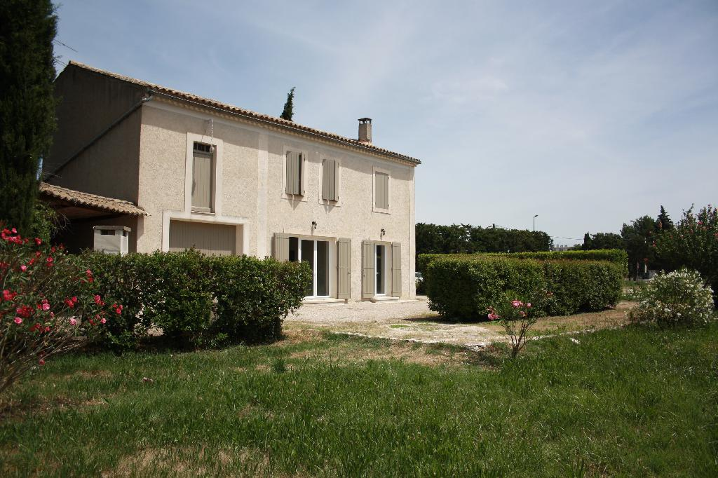 Location particulier à particulier, maison, de 136m² à Châteaurenard