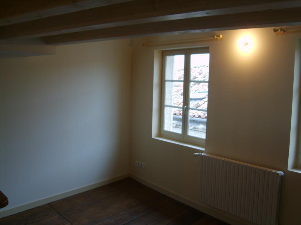 Location d 39 appartement t2 sans frais d 39 agence angouleme for Location appartement sans frais agence