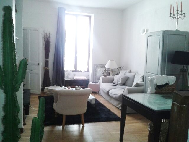 Location appartement T4 Nimes - Photo 2