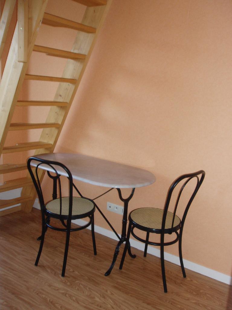 Location de studio meubl sans frais d 39 agence angers 420 20 m - Location studio meuble angers ...
