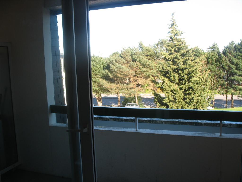 location de studio de particulier particulier cherbourg octeville 320 21 m. Black Bedroom Furniture Sets. Home Design Ideas