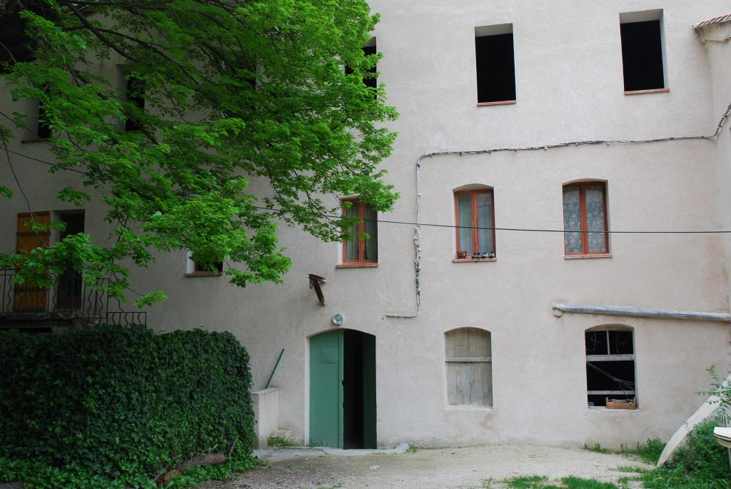 Location appartement entre particulier Solliès-Toucas, appartement de 76m²