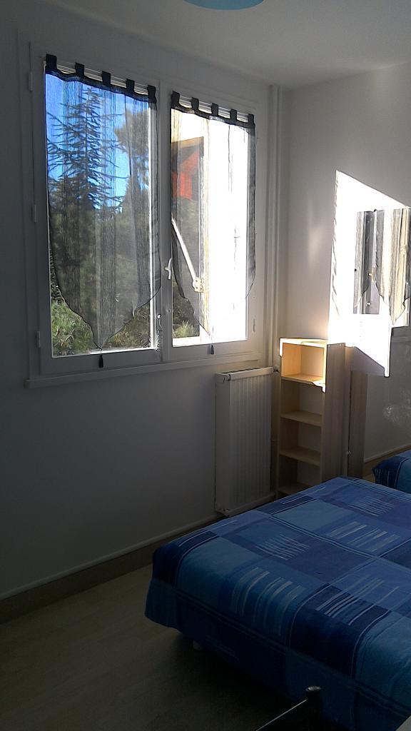 De particulier à particulier , chambre, de 11m² à Aix-en-Provence