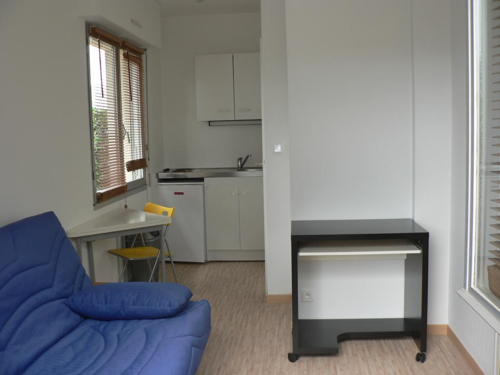 Location de studio meubl sans frais d 39 agence au rheu for Location meuble