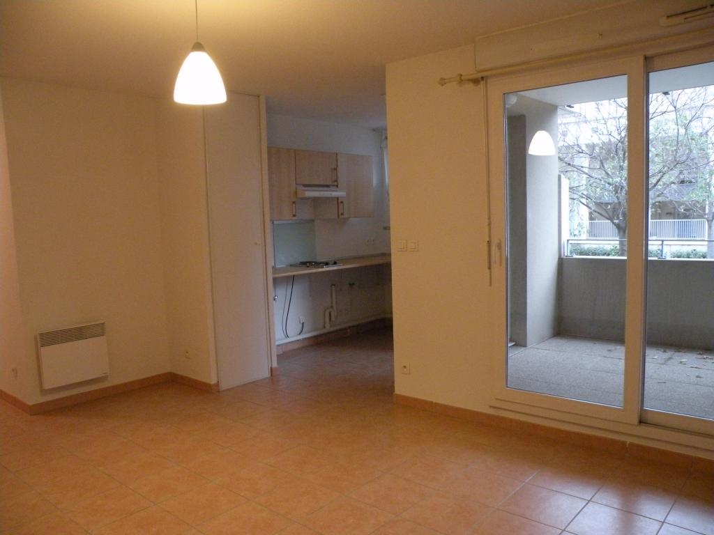 Particulier location, appartement, de 34m² à Miramas