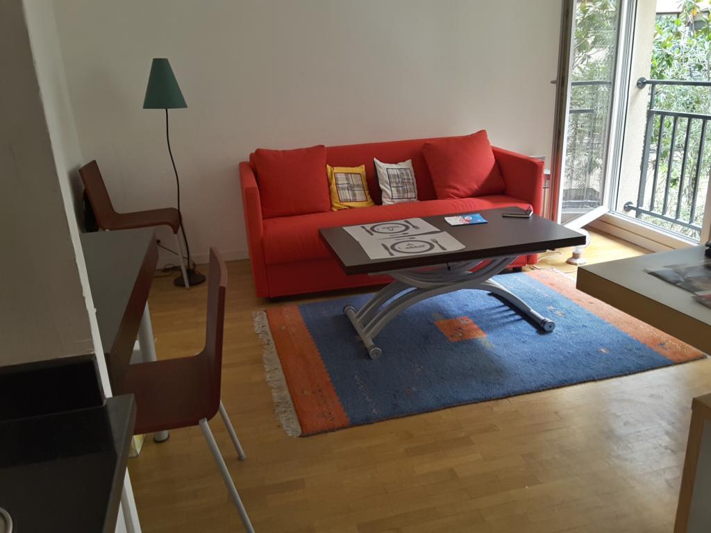 De particulier à particulier Paris 18, appartement studio, 26m²