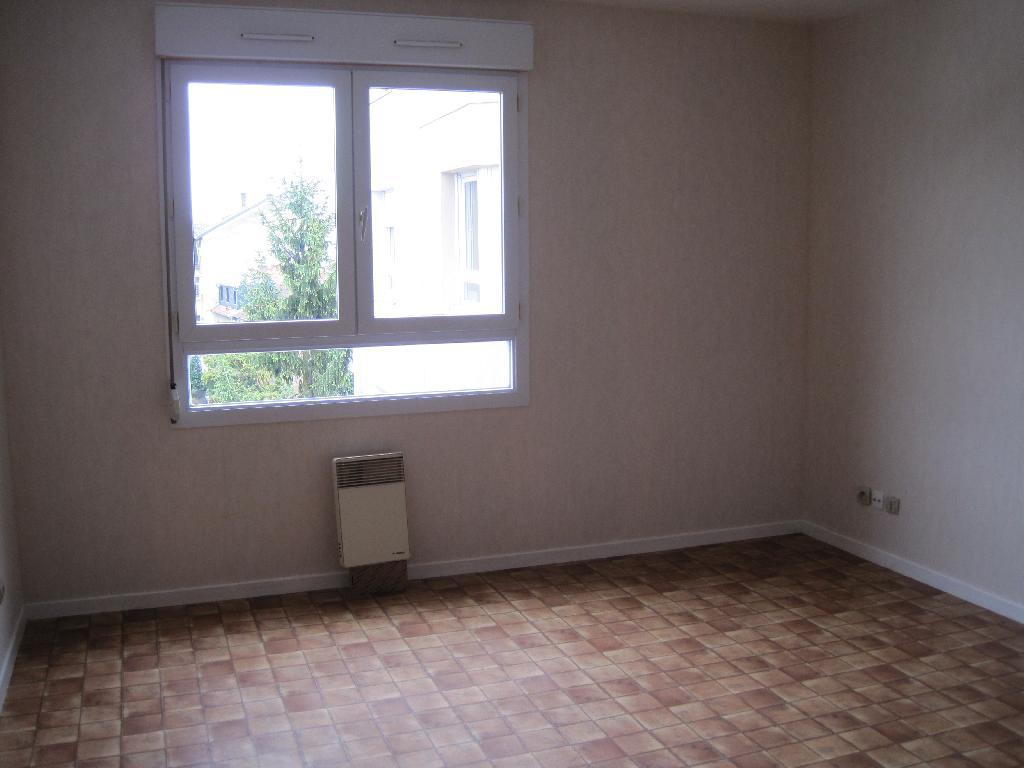 studio de 25m2 louer sur metz location appartement. Black Bedroom Furniture Sets. Home Design Ideas