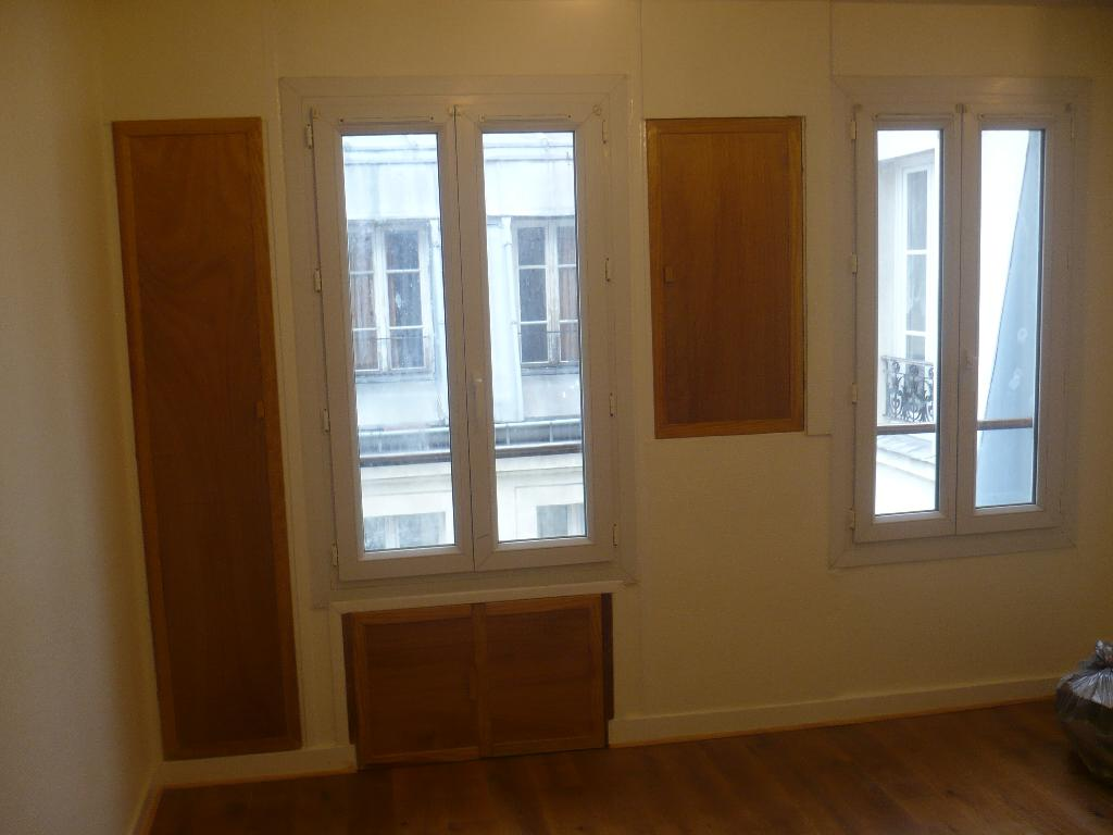 Location studio Paris 10 - Photo 2