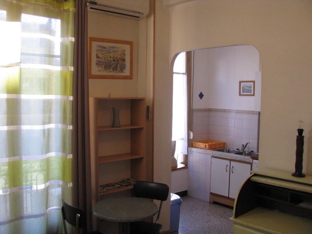 Studio de 27m2 louer sur nice location appartement for Bail meuble etudiant