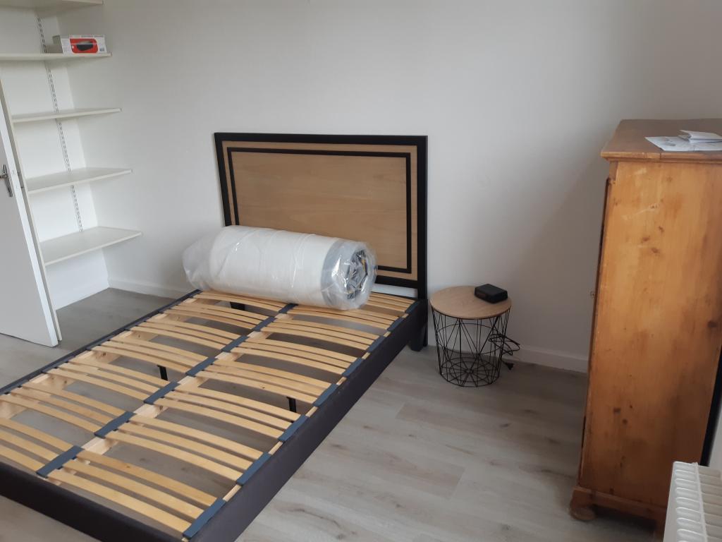 location d 39 appartement t2 entre particuliers. Black Bedroom Furniture Sets. Home Design Ideas