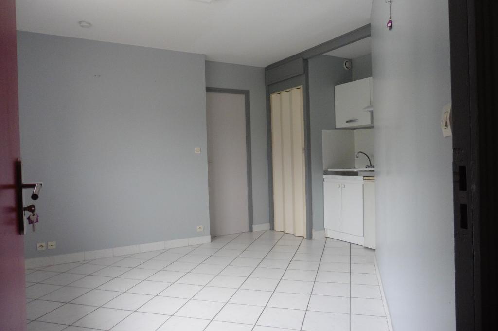 Location de particulier à particulier, appartement, de 30m² à Brest