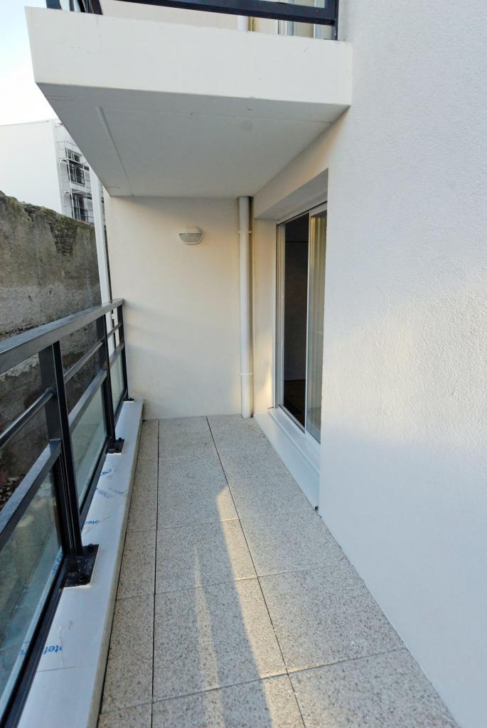 location d 39 appartement t2 de particulier nantes 560 47 m. Black Bedroom Furniture Sets. Home Design Ideas