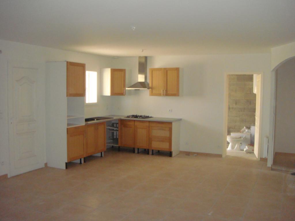 Particulier location, maison, de 92m² à Bizanet