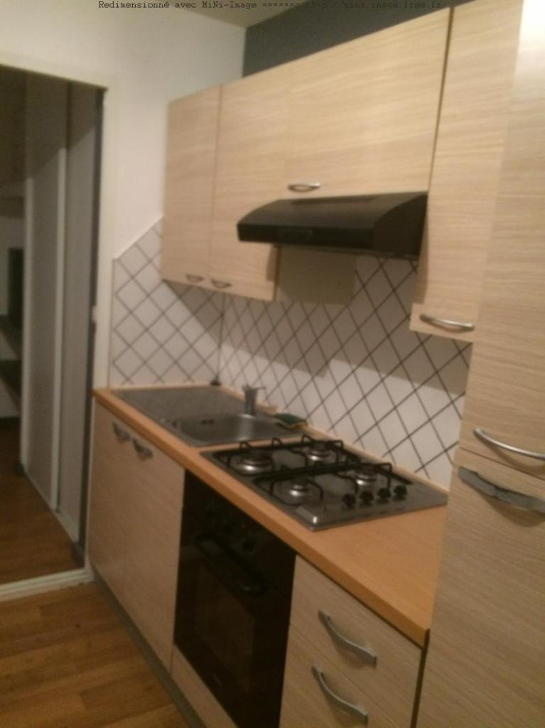 location d 39 appartement meubl de particulier vichy 400 25 m. Black Bedroom Furniture Sets. Home Design Ideas
