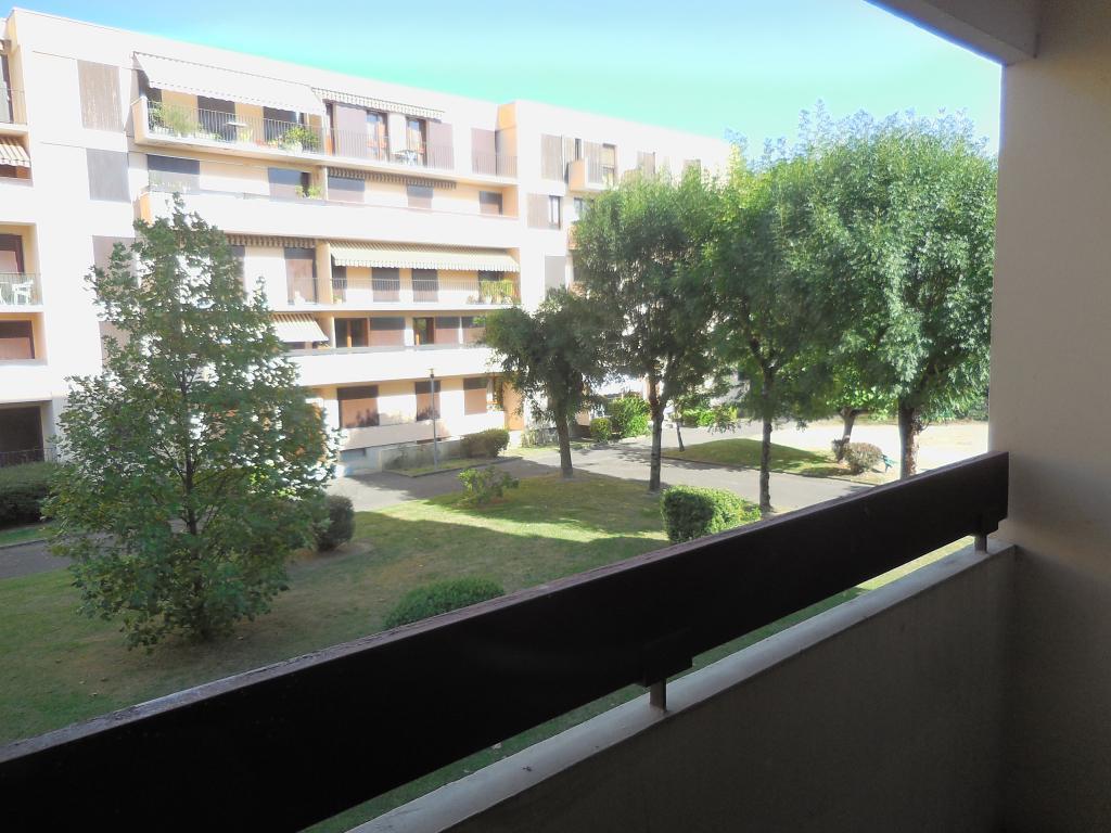 Particulier location, appartement, de 49m² à Tarbes