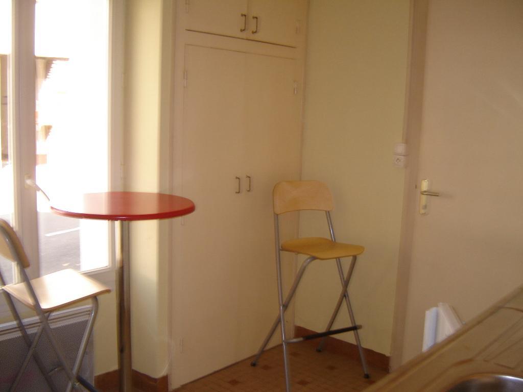 Location appartement entre particulier Cholet, studio de 10m²