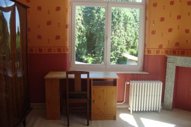 location chambre villeneuve d 39 ascq de particulier particulier. Black Bedroom Furniture Sets. Home Design Ideas