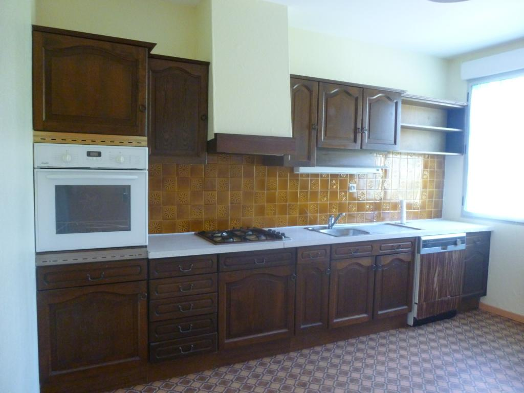 location d 39 appartement t3 de particulier leyme 499 87 m. Black Bedroom Furniture Sets. Home Design Ideas