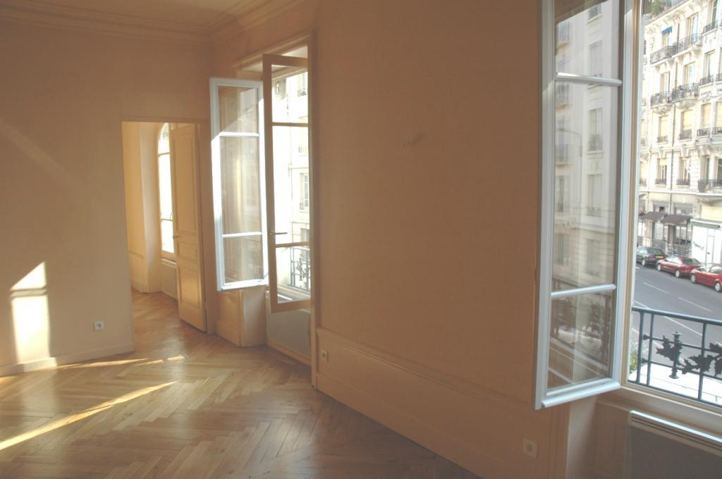 Appartement de 94m2 à louer sur Lyon 6