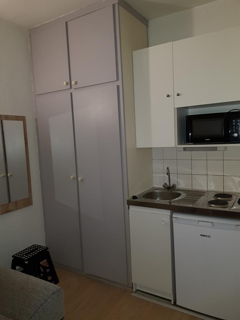 location de studio meubl entre particuliers strasbourg 445 21 m. Black Bedroom Furniture Sets. Home Design Ideas
