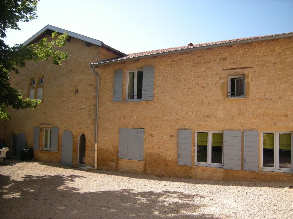 Location appartement entre particulier Sainte-Paule, appartement de 55m²