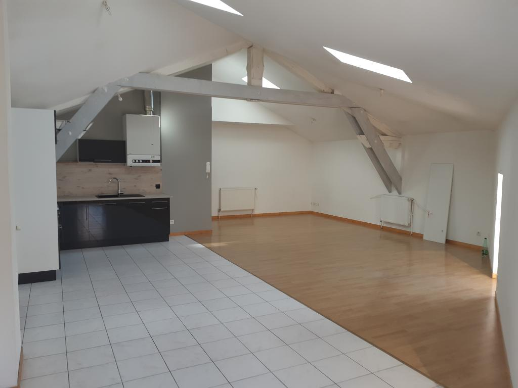 Location appartement T4 Sury le Comtal - Photo 2
