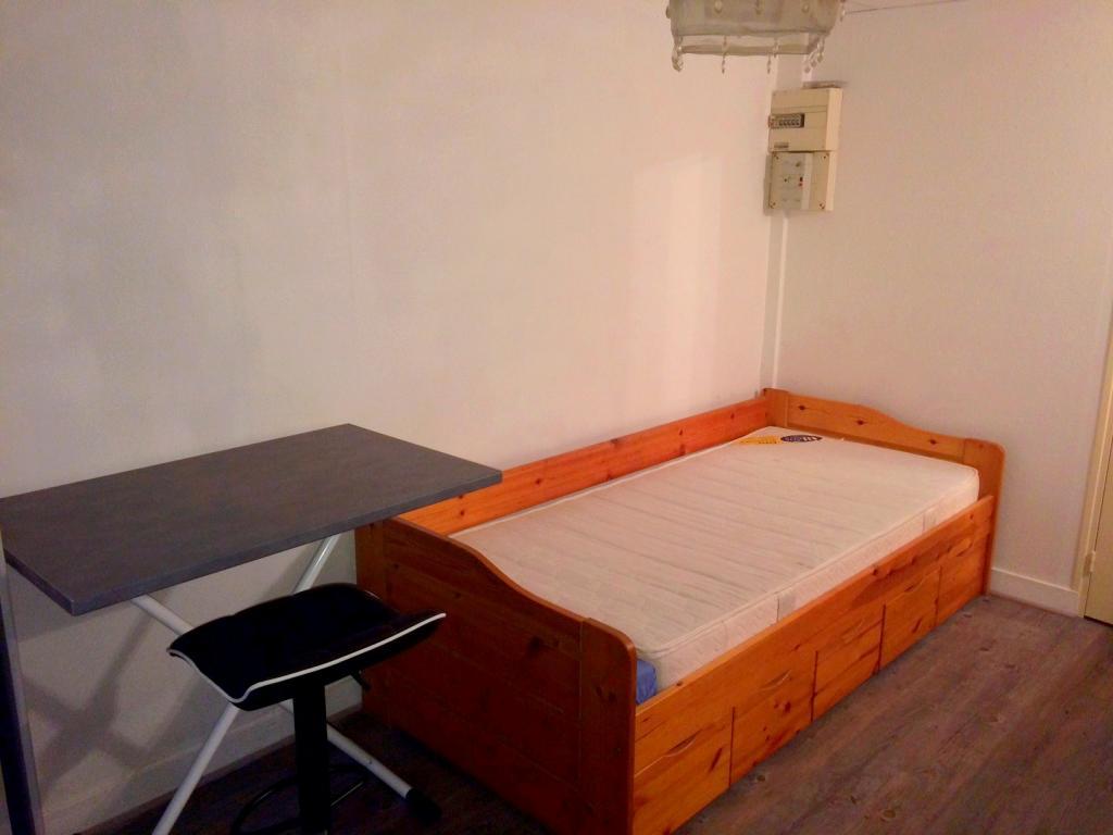 Location de studio meubl de particulier tours 320 for Location meuble tours