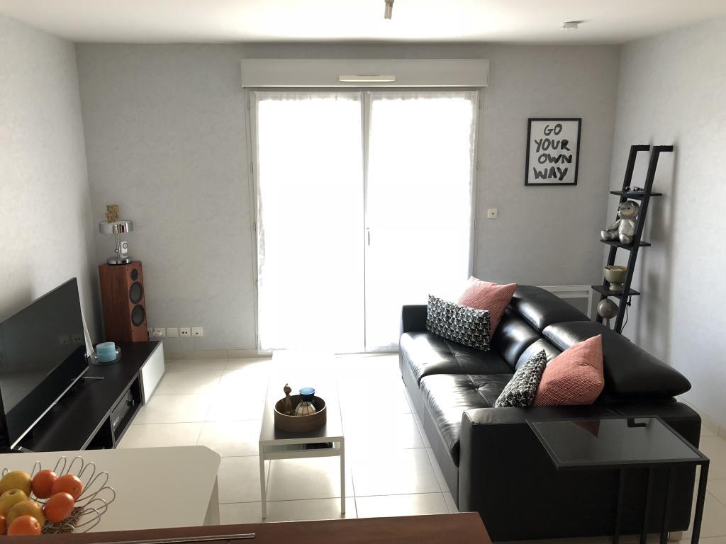 appartement de 45m2 louer sur limoges location appartement. Black Bedroom Furniture Sets. Home Design Ideas