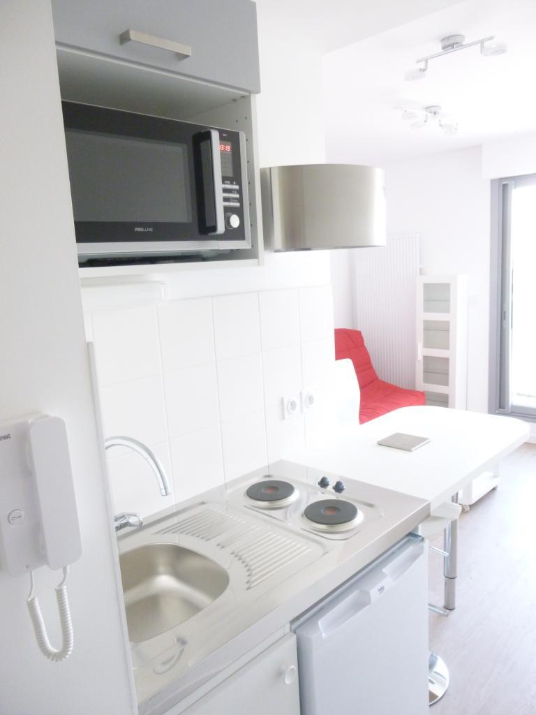 location de studio meubl de particulier particulier toulouse 460 17 m. Black Bedroom Furniture Sets. Home Design Ideas