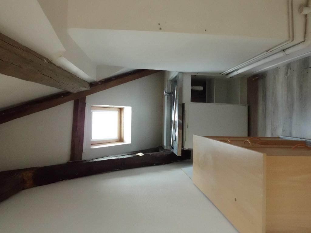 location d 39 appartement t2 meubl de particulier particulier tours 460 34 m. Black Bedroom Furniture Sets. Home Design Ideas