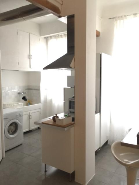 Location appartement T2 Marseille 03 - Photo 1