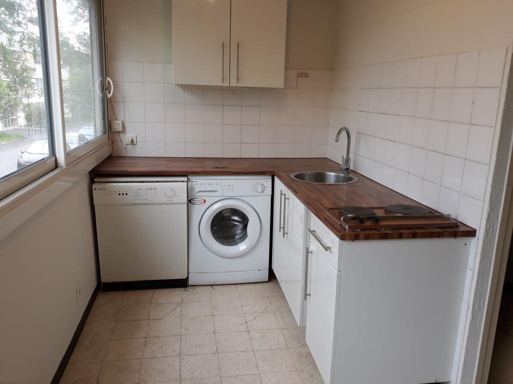 Location de particulier à particulier, appartement, de 65m² à Villeneuve-lès-Avignon