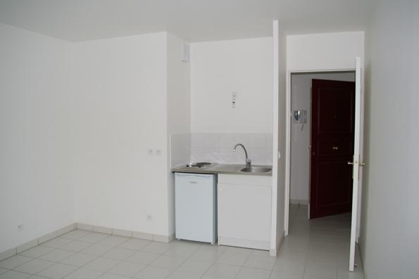 Location immobilière par particulier, Saint-Ouen, type studio, 18m²