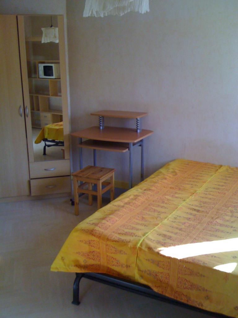 20m pour ce joli studio location appartement - Location meuble bourgoin jallieu ...