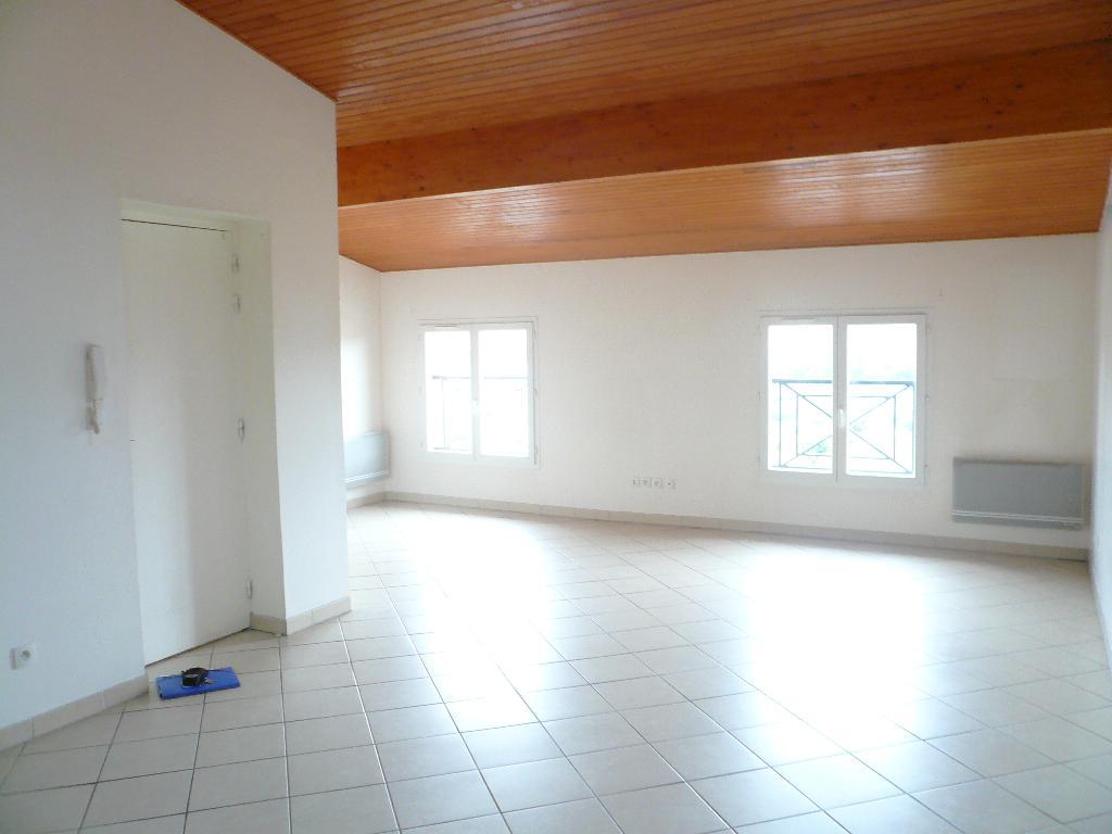 Location appartement entre particulier Trébons-sur-la-Grasse, appartement de 85m²