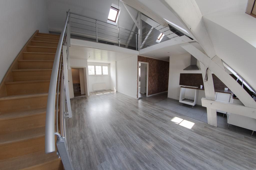 De particulier à particulier, maison, de 100m² à Mont-l'Évêque