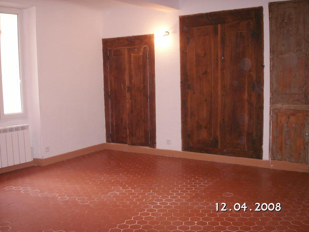 Location appartement T4 Claviers - Photo 1