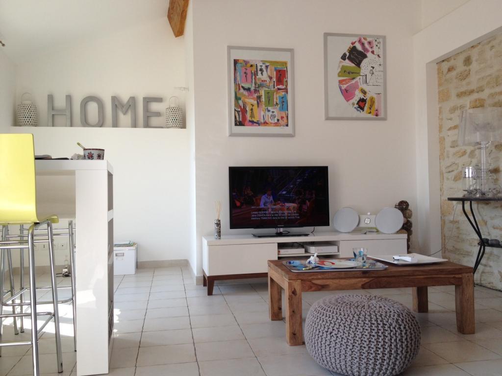 Entre particulier à Domazan, appartement, de 100m² à Domazan