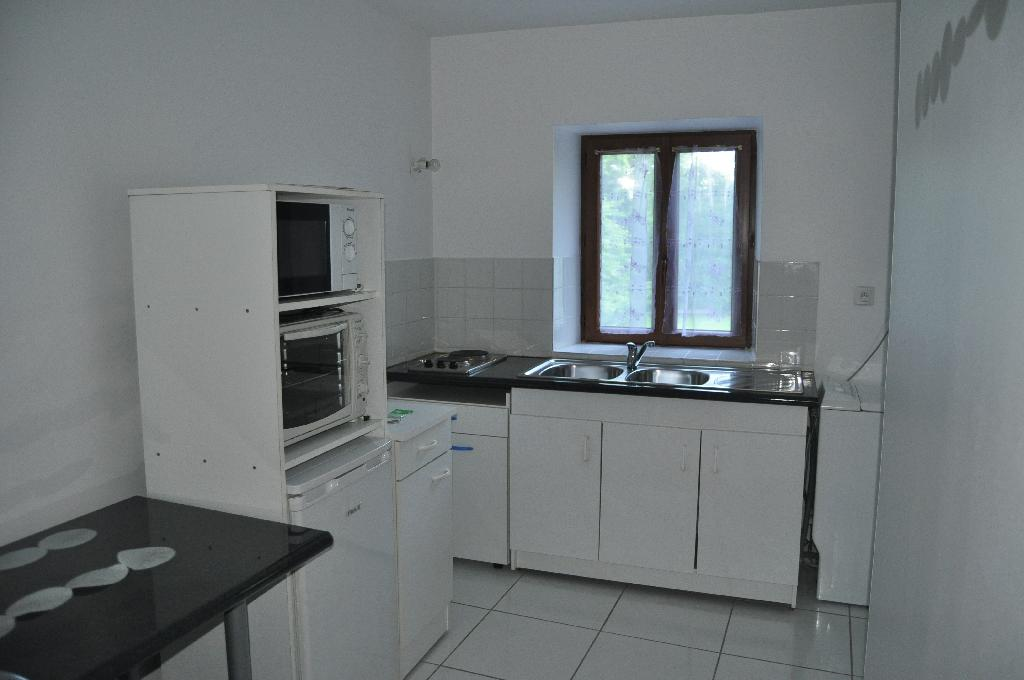 De particulier à particulier Engins, appartement appartement, 30m²