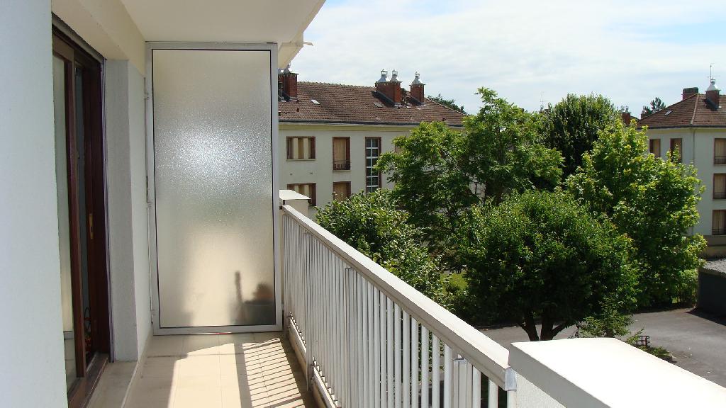 Entre particulier , appartement, de 32m² à Châlons-en-Champagne