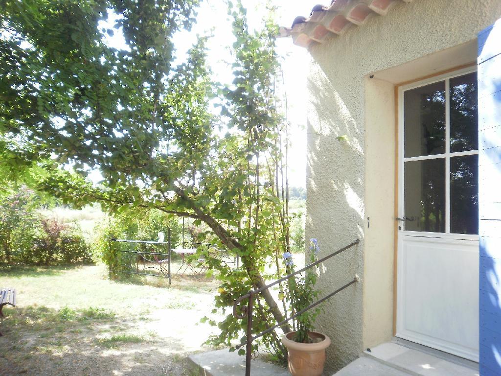 Location appartement entre particulier Cabrières-d'Aigues, de 33m² pour ce studio