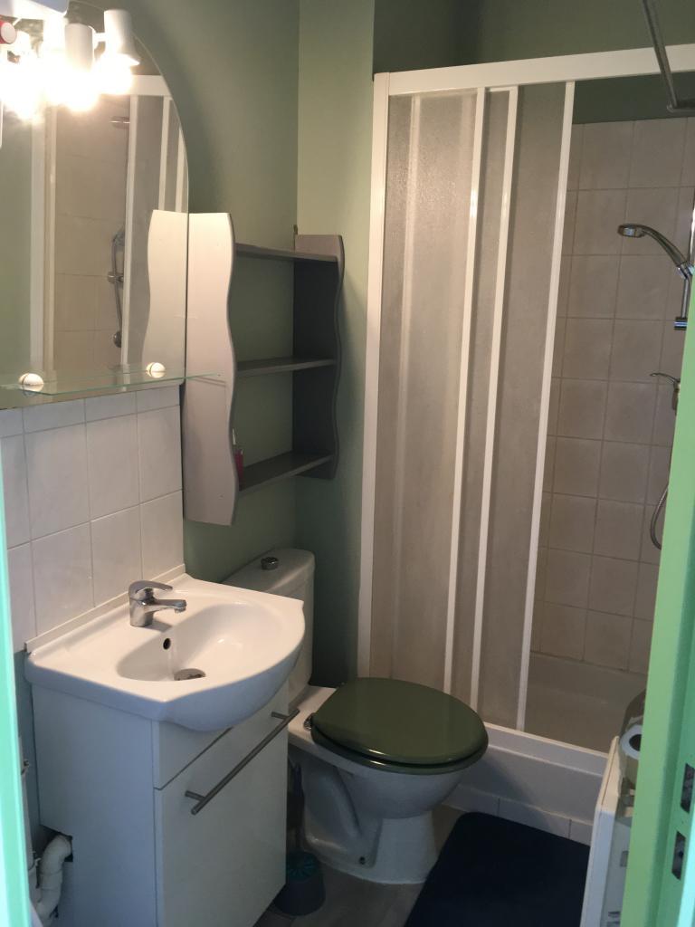 location de studio de particulier dijon 345 21 m. Black Bedroom Furniture Sets. Home Design Ideas