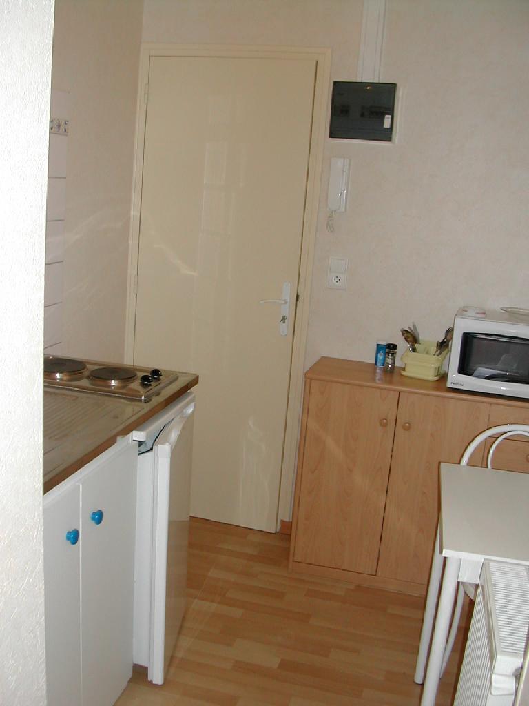 Location immobilière par particulier, Angoulême, type studio, 12m²