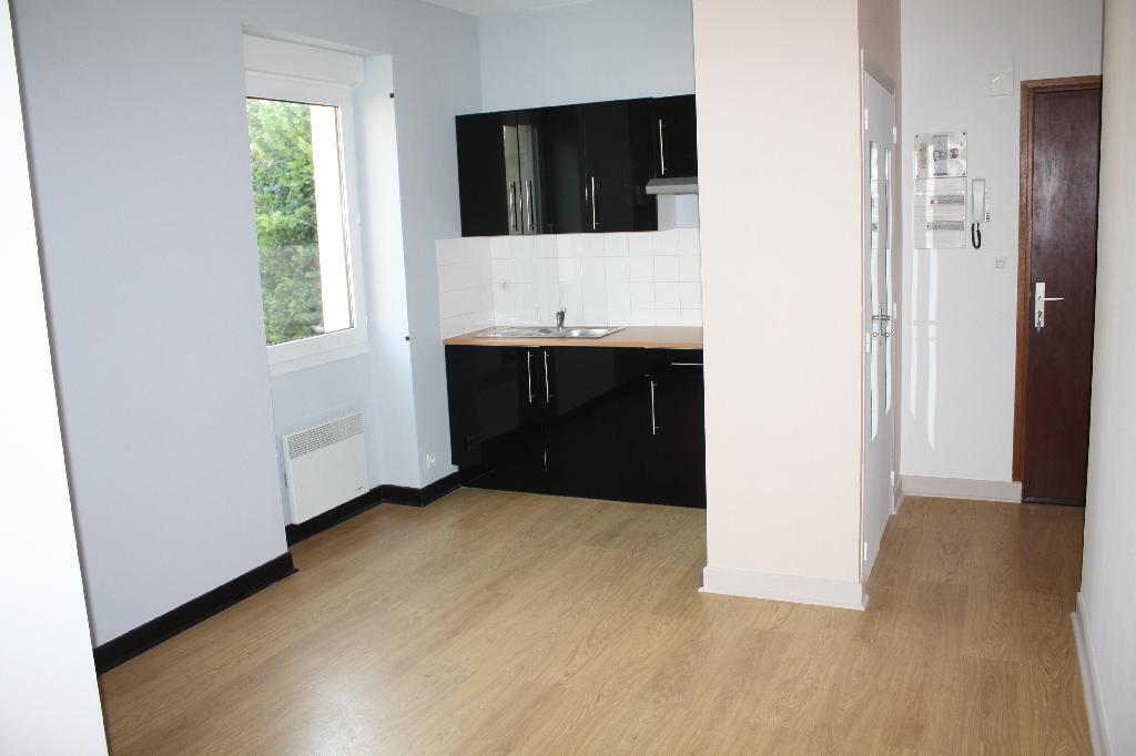 Location appartement entre particulier Pinsac, de 55m² pour ce appartement
