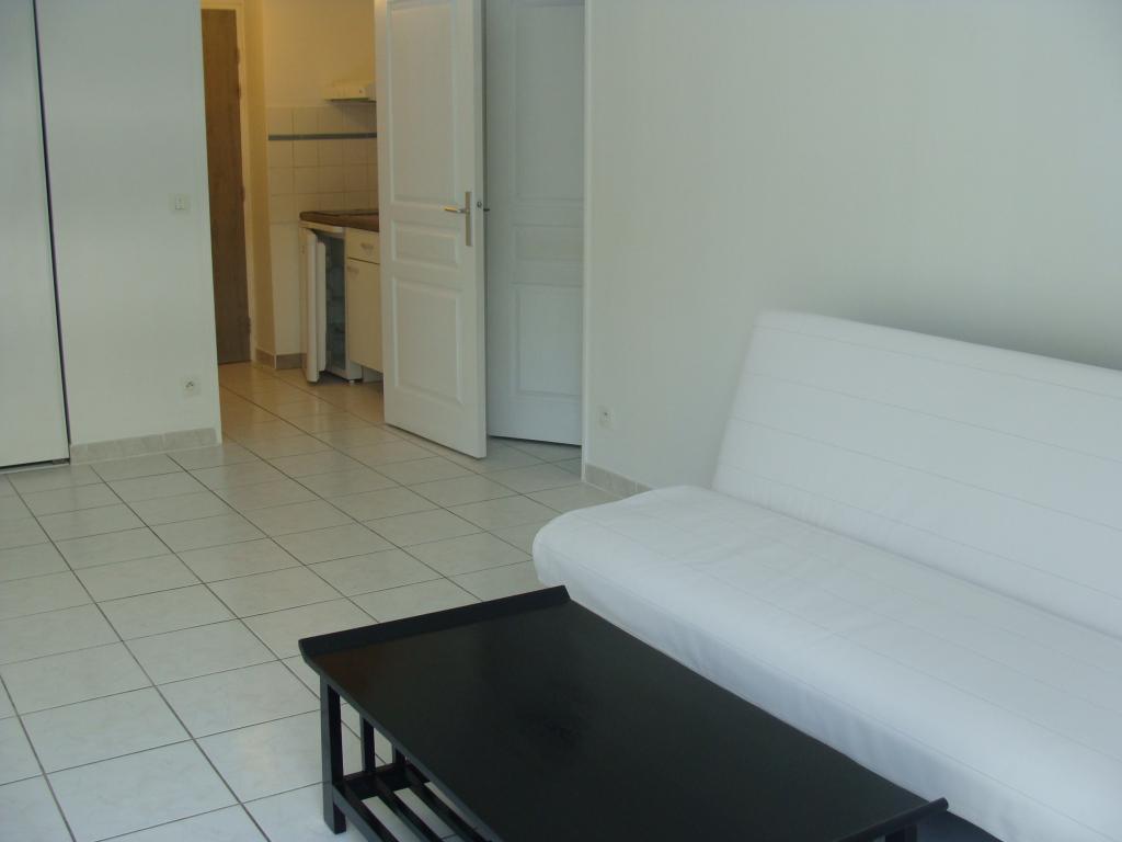 ... Location Appartement T2 Marseille 09   Photo 2 ...